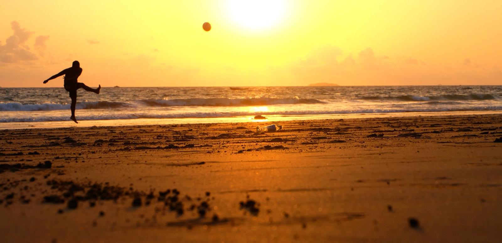 sol_e_pelota